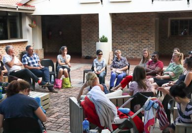 Informal mothers' chat